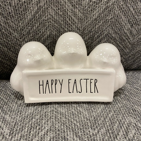 Rae Dunn Accessories - Rse dunn hppy easter bunny